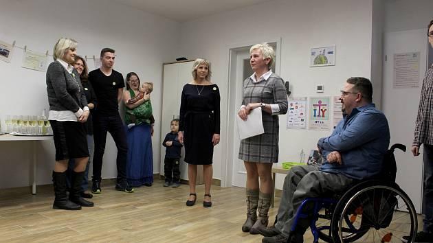 Ve Starém Jičíně vzniklo nové respitní centrum s  ambulantní odlehčovací službou pro rodiny pečující o děti s handicapem.  Provozuje ho spolek ITY z.s. a služba začne fungovat 2. dubna.