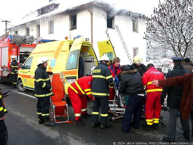 Požár zachvátil v sobotu 16. ledna bíloveckou ubytovnu na ulici Opavská. Hasiči na místo vyráželi krátce před třetí hodinou odpolední a podle dostupných informací plameny zachvátily jeden pokoj.