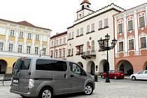 V Novém Jičíně začala fungovat služba senior a baby taxi.
