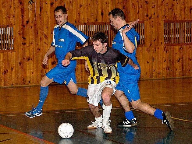 Futsalisté New Jersey Nový Jičín zůstanou během vánoční přestávky, stále bez porážky, lídry okresního přeboru.