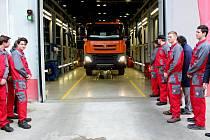 Ilustrační snímek. Tatru Phoenix 4x4, kterou sestavila desítka studentů z Třebíče. Tatra bude jezdit pro Krajskou správu a údržbu silnic Vysočina.