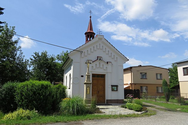 Kaple Panny Marie na Dolech.
