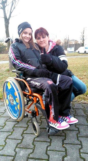 Na adresu léčby pomocí kmenových buněk maminka Veroniky Karin Fojtíková říká: Vidíme vtom velkou naději, kterou nechceme promarnit.