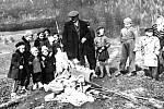 Vítání jara je spojené s prastarým zvykem pálení Morany, Smrtky, Smrťáka a podobně. Také v Jakubčovicích nad Odrou se tato tradice dodržovala.