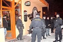 Policisté v celém Moravskoslezské kraji zkontrolovali přes pět stovek podniků.
