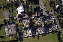 Letos v listopadu už by měl být kopřivnický hřbitov po revitalizaci.
