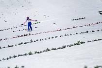 Skokanky na lyžích jdou do akce.