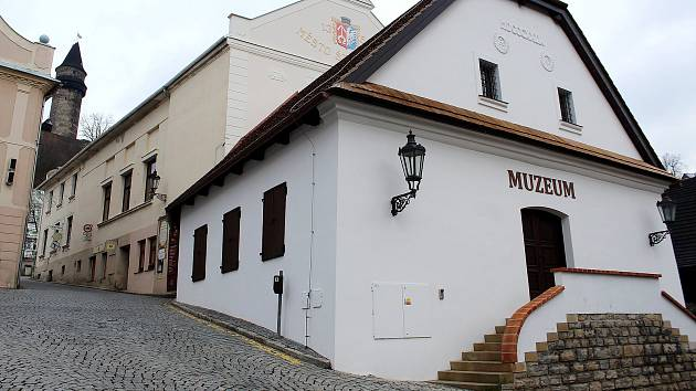 Muzeum po rekonstrukci prokouklo.