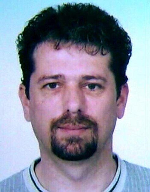 Policisté pátrají po muži, který se prokazuje jménem Milan Sedlák z Bílovecka.