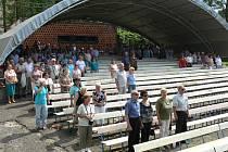 V Novém Jičíně a Kopřivnici se sešli příznivci KSČM při oslavách 1. máje. Úvod setkání v Novém Jičíně patřil Písni práce.