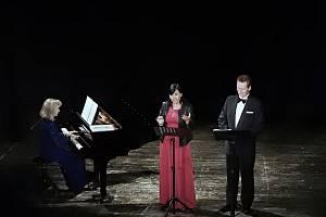 Nejkrásnější světové písně - Kalivodová, Pustina, Vašková. Koncert 20. dubna v kulturním domě v Příboře.