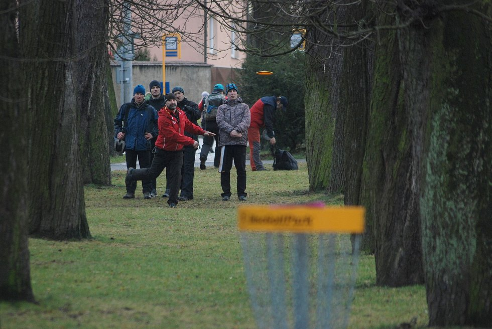 Ve Smatanových sadech v Novém Jičíně se o poslední letošní sobotě uskutečnil discgolfový turnaj Zimní Bedřich Smetana Memorial 2018.