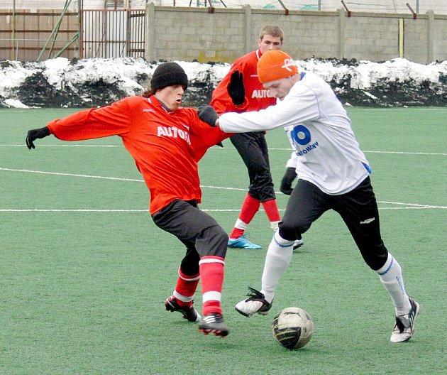 Fotbalisté FK Nový Jičín hostí v prvním přátelském utkání SK Beskyd Frenštát pod Radhoštěm.