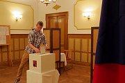 Volební místnost ve Slatině se tradičně nachází v prostorách místního zámku.