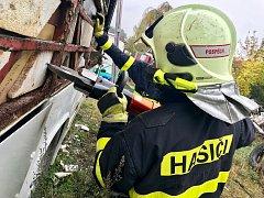 Taktické cvičení profesionálních hasičů v Bílovci. Foto: HZS MSK