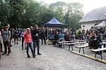 Stovky lidí mířily v sobotu 13. července na Horečky na pomezí Frenštátu pod Radhoštěm a Trojanovic. Uskutečnil se tam 9. ročník rodinného festivalu Horečky fest.