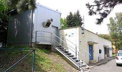 V areálu čerpací stanice v Odrách vybudovala ostravská vodárenská společnost také aerační věž.