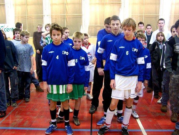 První turnaj nultého ročníku EPO Cupu.