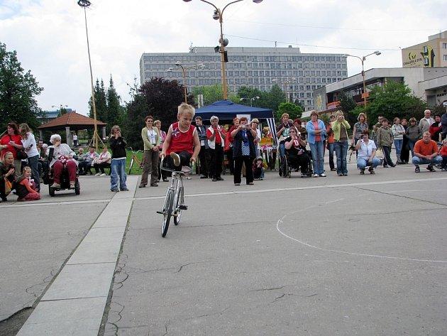 Pojedenácté se sjeli zdravotně postižení z celé České republiky do Kopřivnice. V sobotu 24. května se tam uskutečnil další ročník celostátních her těchto handiicapovaných spoluobčanů.