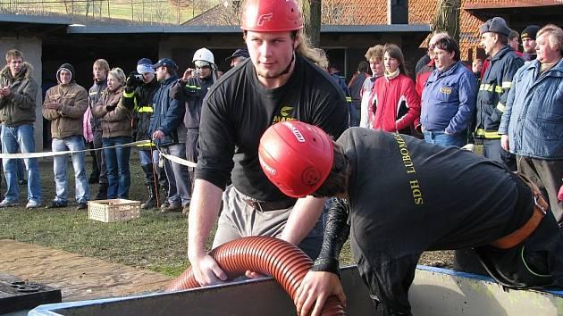 Jednatřicet družstev dobrovolných hasičů na jednom místě. Tak to vypadalo v sobotu v Lukavci u Fulneku.