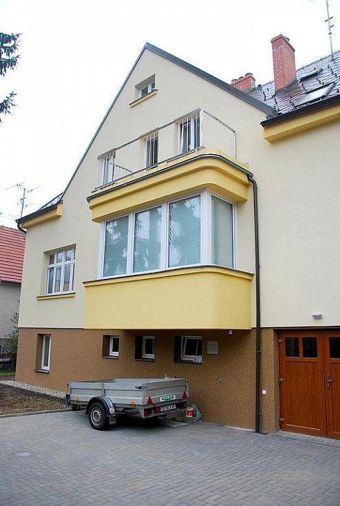 Klientky příspěvkové organizace Zámek Nová Horka si nemohou nové chráněné bydlení vynachválit. To bylo tento měsíc otevřeno na ulici Slovanská v Novém Jičíně.