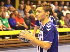 PATRIK FULNEK přispěl k výhře nad pražskou Duklou, ve které působil jednu sezonu, sedmi góly.