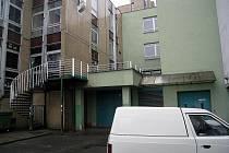 Uzavření alternativního klubu Nora, ke kterému došlo počátkem letošního roku, leží mnoha Kopřivničanům v žaludku.