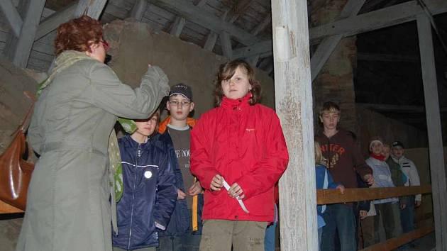 Jedním z míst, kam děti nahlédly, byla i půda bíloveckého zámku.