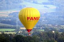 Horkovzdušný balon se vznášel v neděli nad Odrami.