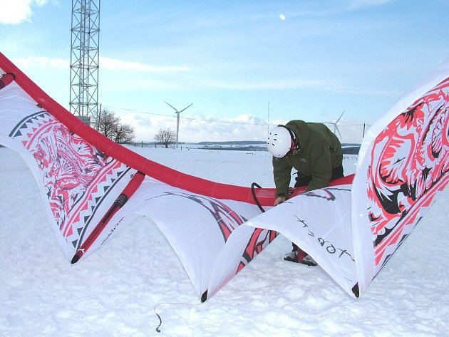 Čtvrtý ročník Snowkiting festu se měl uskutečnit o tomto víkendu, ale kvůli počasí jej organizátoři přesunuli na polovinu února.