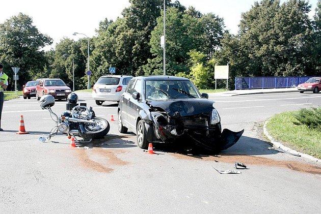Dopravní policie hledá svědky dopravní nehody, která se stala ve středu 17. srpna hodinu po poledni v Frenštátě pod Radhoštěm.