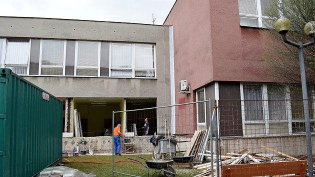 Rekonstrukce radnice ve Studénce.
