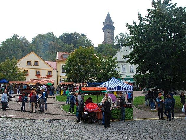 Burčákové slavnosti a XV. Šermířské klání se starodávným jarmarkem ve Štramberku.