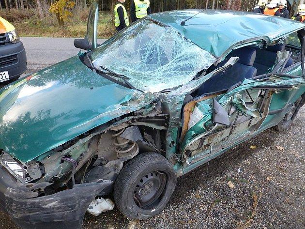 V úterý 6. listopadu se stala tragická nehoda v Příboře. Střetla se dvě vozidla, jeden z cestujících zemřel.