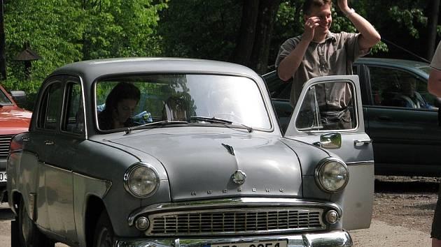 Teprve druhý oficiální celostátní sraz Moskvičů hostil o víkendu Štramberk.