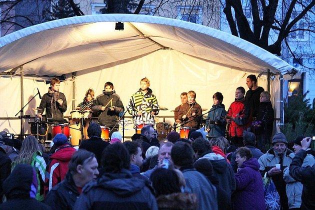 Vánoce ve městě se jmenovala akce, která se uskutečnila v sobotu 17. prosince na náměstí v Odrách.