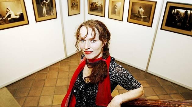 Sára Saudková, kterou řada lidí zná zejména jako bývalou partnerku Jana Saudka, vystaví své fotografie ve Frenštátě pod Radhoštěm.