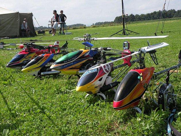 Mraky nad Trnávkou pročísly modely helikoptér. Stalo se tak o víkendu na 3. Helisletu.