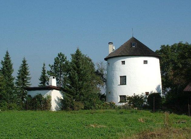 Větrný mlýn holandského typu vobci Libhošť.