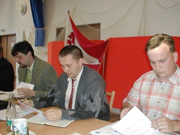 Novým starostou Sedlnic se stal František Jordánek (vlevo), který po více než 25 letech nahradil odvolaného Zdeňka Brože.