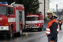 Oderští hasiči odčerpávali vodu ze školky v Mankovicích, kde byl zatopený sklep.