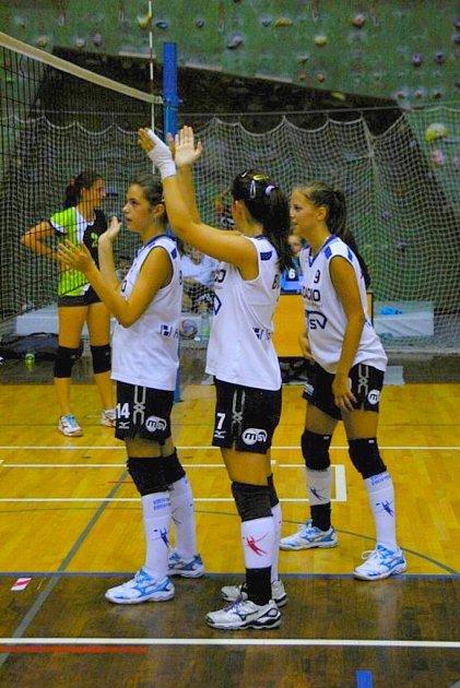 Bílovecké volejbalistky vyhrály turnaj ve Svitavách.