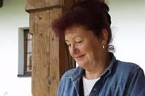 Eva Strnadlová z Trojanovic napomohla k vydání česko–hebrejské knihy.