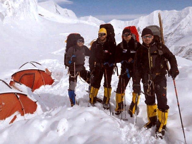 Expedice Dhaulagiri 2012, Marek Novotný, Libor Uher, Tomáš Petreček a Petr Mašek.