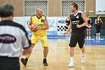Do Nového Jičína opět zavítali extraligoví basketbalisté (bývalí hráči, trenéři a také jediní Mistři, kteří vybojovali v roce 1999 titul).