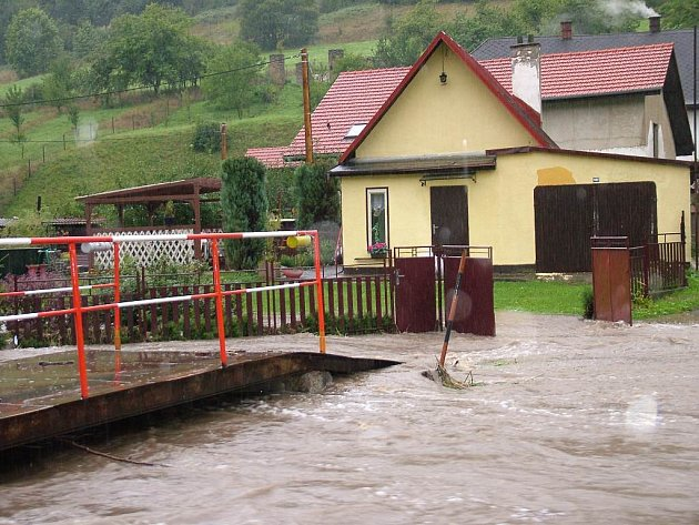 Povodeň v Životicích u Nového Jičína.