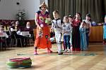 Maškarní ples ve Slatině si děti pořádně užily.