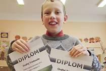 I když je mu teprve deset let, už nyní je členem Mensy, sdružení nadprůměrně inteligentních lidí. Že je Ondřej Trinkewitz z Tiché opravdu výjimečné dítě, dokázal umístěním na logické olympiádě.