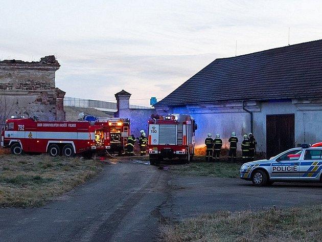 Požár zemědělského objektu v Hladkých Životicích.