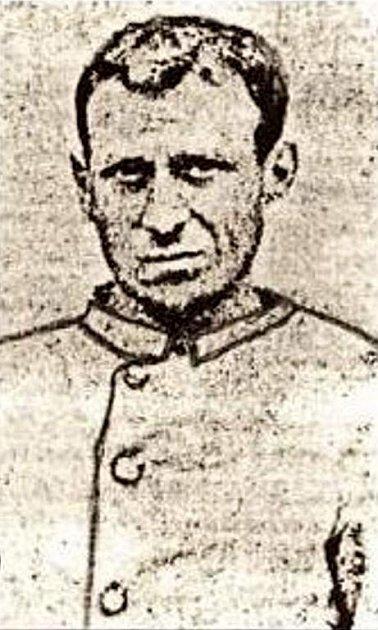 Identifikační snímek. Dobový snímek sériového vraha Antona Schimka ve vězeňském oděvu.